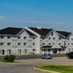 Lakeview Inn and Suites Bathurst